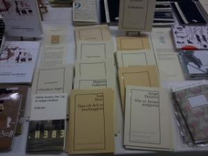Büchertisch parasitenpresse