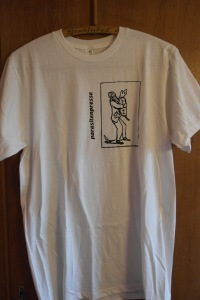 Boy_15: weiß, M, Anvil sustainable, 50% organic cotton, 50% recycled polyester, Herkunft: Honduras